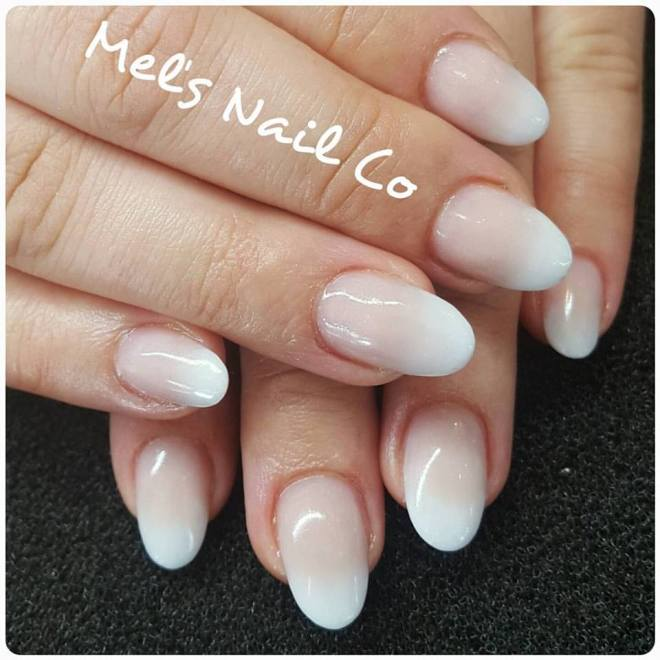 FRENCH OMBRE 😍 – Mel\'s Nail Co